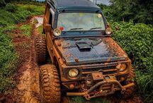 Tuff Mudders (Suzuki Samurais) / 4WD