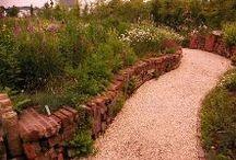 STRO -natuurlijke tuinen-