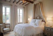 Makuuhuoneita / bedrooms
