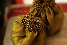 TROUSSEAU Packing Ideas for South Indian Wedding / We are a blog and YouTube Channel for South Indian Wedding.Every detail likes Saree, Makeup, Jewellery, Decoration, Traditions, Ideas, and Planning.