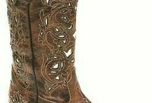 BOOTS - WOMENS