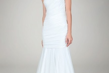Wedding Dresses under $500 / Fabulous Wedding Dresses for $500 dollars or less http://aisleperfect.com/category/friday-five-for-five / by Aisle Perfect - Wedding Blog