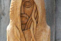 Wood carvs