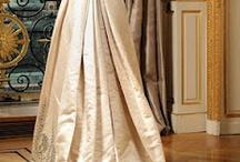 empire robe avec  queue / suknie empirowe z trenem