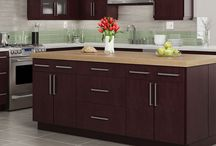 Wolf Transition Cabinets / Wolf Transition cabinetry makes it easy to design the perfect kitchen. Available in a wide range of affordable door styles and finishes, Wolf Transition cabinets provide quality construction, more storage and easier access.