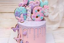 Buttercream designs in pipping