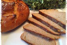 Brot und Brötchen mit und ohne Thermomix / by Britta