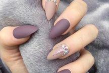 Nails*.*