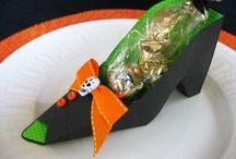 Spooktaculer Halloween  / by Christine Cline Mushet