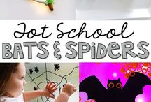 Fine Motor Skills / Tons of ideas for building fine motor skills with crafts, activities, and more teaching ideas that babies, toddlers, preschoolers, and even kindergarteners will LOVE!