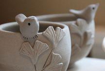 Uccelli in ceramica