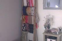 Dressing, rangement foulards