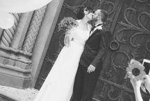 """Wedding / ...""""Mi piace provocare una reazione da parte degli spettatori, o rimanere nei loro cuori"""" Questo è ciò che mi rappresenta meglio e soprattutto ciò che vorrei trasmettere, attraverso un'immagine. Fotografo matrimoni in stile reportage e ricchi di atmosfera per rendere unico ed indimenticabile il vostro giorno più importante."""