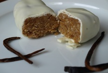 Homemade Protein Bars / Awesome homemade protein bar pictures, recipes and tips www.howtomakeproteinbars.com