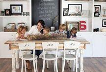 Atmosfere di casa / In molte case, la sala da pranzo è il luogo dall'atmosfera familiare ed accogliente dove trascorrere del tempo insieme con la famiglia e gli amici. Cosa non può mancare nella sala da pranzo dei tuoi sogni!
