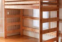 postel na patro