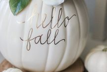 DIY Fall / Want to create a festive home this fall? Use these DIY Fall crafts, decorations, and home decor projects to decorate on for Fall on a budget!