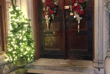 Holidays at Tippecanoe Place / Experience fine dining at Tippecanoe Place with the elegant surroundings of holiday cheer and festive decorations for all to hear!