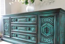 paint old furniture