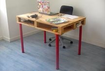Pallet Computer Table / Pallet computer desk and DIY pallet computer table designs ideas.