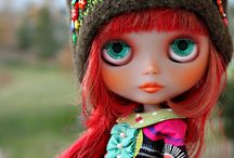 Blythe with hats