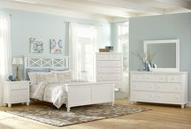 Traditional + Timeless / Traditional and elegant homes / by SmartFurniture