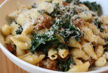 Healthy Recipes / by Cassandra Linn