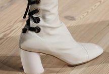 WHITE BOOTS / BOOTS AND SHOES...