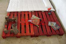 Muebles hechos con Palets 11/10/2008 / Participación en concurso de Diseño de Muebles hechos con Palets, Magatzems Wall&Video. Modelo expuesto.
