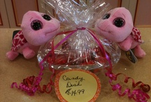 Treats on Clifton Hill / Visit the Fudge Factory on Clifton Hill for all kinds of gifts & yummy treats! Mmmmmm!
