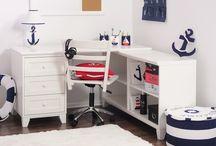 Białe biurko dla chłopca Fiorentino Classic Biurko C-1 /  Białe biurko dla nastolatka Fiorentino C-1