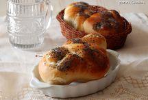 Challah buns