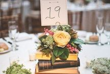 Books and Flowers / using books and flowers as centerpieces