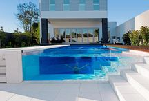Homes with Swimming Pools / A selection of home with pools that inspire us to do be different