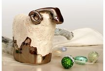 CERAMIKA ARTYSTYCZNA CERAMICS / Figurki, wazony i wazoniki, misy, naczynia, biżuteria, ozdoby ceramiczne.
