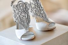 wedding dress and accesories