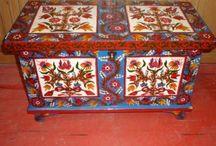festett bútorok