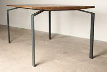 """Table """"Alien"""" Moromou / Moromou Tables"""