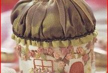 Коробка с принадлежностями для шитья