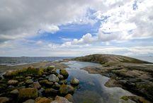 Finland. Maisema. Sea. / Pitkäkari on kallioluoto, jonka keskellä on pieni lammikko.