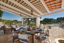 Verande / Verandas / Le verande più belle e particolari delle nostre ville di lusso in affitto per vacanze in Puglia.