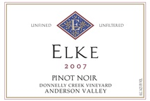 Pinot Noir / We produce premium Pinot Noir grapes that we use for our wine, and sell to other producers.