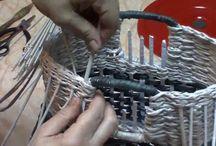 cesteria de papel de periodico