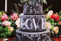 Chalkboard cakes / Go retro with a chalkboard cake!