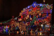 Crazy Christmas Houses / We have selected the worst decorated Christmas houses and how to do it tastefully. Read more on our blog post here: http://bit.ly/2j3VyOF