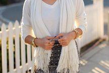 Ode aan de witte pashmina / De witte pashmina. Eenvoudig maar veelzijdig. Style al je outfits af met deze basis sjaal.