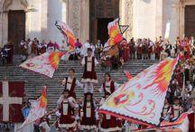 Todi, La Città degli Arcieri / Un tuffo del medioevo! 28-29 marzo 2015 A dip in the Middle Ages! March 28-29, 2015