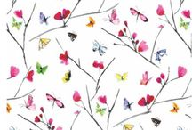 Butterfly Wallpaper / Butterfly wallpaper can be soft and delicate or bright and vibrant. Inspired by nature so you can't go wrong http://www.wowwallpaperhanging.com.au/butterfly-wallpaper/