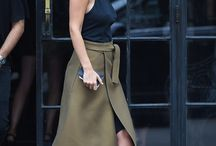 Lara Bingle Style