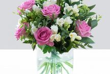 Mother's Day Gift Ideas / Here you will find Gift ideas for Mother's Day that your mother will be more than happy to receive, from flowers to perfume to mugs we have it covered in this section.